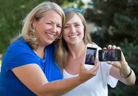 Cómo convivir con los padres en las redes sociales