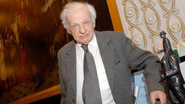 Yves Bonnefoy gana el premio FIL de Literatura