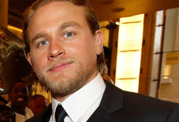 Charlie Hunnam renuncia de 'Cincuenta Sombras de Grey'