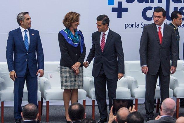 Por qué Enrique Peña Nieto niega saludo a Osorio Chong?
