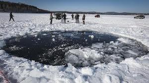 Hallan en un lago el meteorito que cayó en Rusia