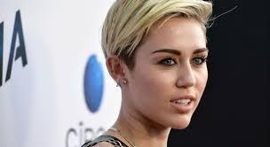 Video: Miley Cyrus imita a Shakira