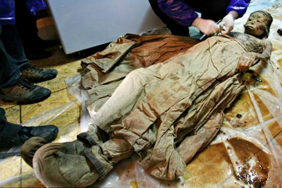 Insólito: Momia china cambia de color de forma misteriosa