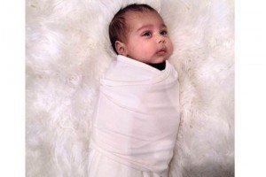Nueva foto de North West la hija de Kim Kardashian