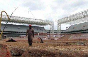 Brasil: Huelga de trabajadores del estadio mundialista