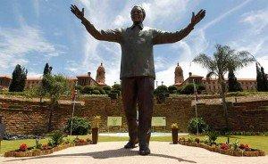 Inauguran la estatua de Mandela más grande del mundo