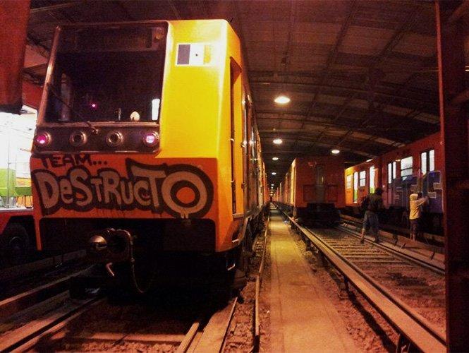 Metro prepara demanda contra 'graffiteros' que dañen instalaciones y vagones