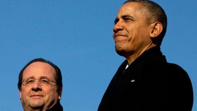 Barack y Michelle Obama reciben a Hollande en la Casa Blanca