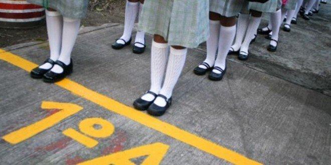 Insólito: Maestro suspendido por conductas inapropiadas hacia alumnas