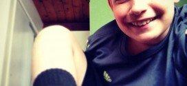 Insólito: Niño desea que le amputen una pierna y se lo conceden!
