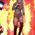 El beso apasionado de Shakira a Gerard Piqué - Fotos